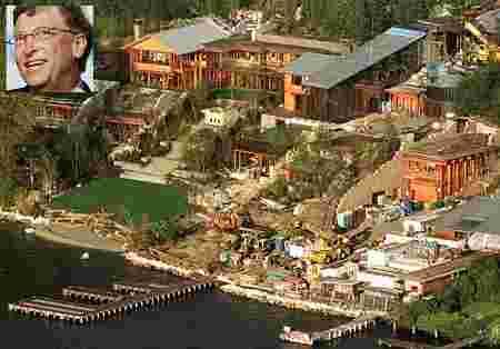 Soi phong thủy nhà Bill Gates