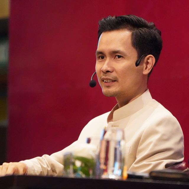 """Báo CafeF: Chứng khoán tiếp tục thăng hoa trong năm Tân Sửu 2021, nhưng cần đề phòng """"Sell in May"""""""